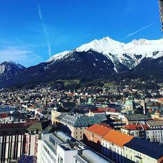 Meeting über den Dächern von #innsbruck 🏔️ #theview #mountainstyle #digitalbusiness in #tirol 🙌🏼 #letsgo #adlershotel #nordkette #rooftop Innsbruck, Mount Everest, Around The Worlds, Mountains, Nature, Travel, Search, Naturaleza, Viajes