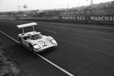 Chaparral 2F at the 24 Hours of LeMans in 1967