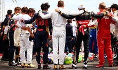 THE world of Formula One stood together ahead of the Hungary Grand Prix today to pay their respects to Jules Bianchi who died last Friday. Daniel Ricciardo, F1 Drivers, Lewis Hamilton, F1 Racing, Sports Pictures, Formula One, Vans, Memories, Formula 1