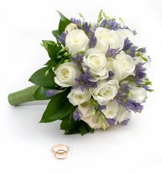 Wedding flowers - cover them with Dreamsaver wedding insurance cover