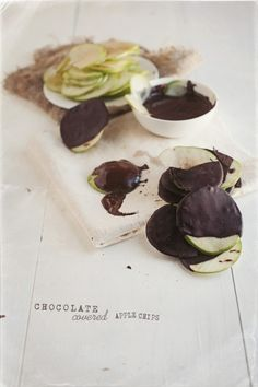 Day 121 - Chocolate Covered Apple Chips | V.K.REES Photography  (would be good w/caramel sause also!