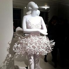 maniquies vestidos de papel-01