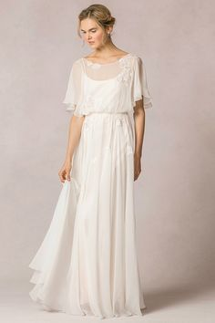 Casual Flutter Sleeved Lace Decorated Silk Chiffon Vintage Wedding Dress _1