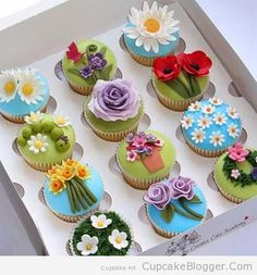 Cupcakes Spring Flowers  http://cupcakeblogger.com/cupcakes-spring-flowers/