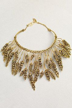 Bidermann gold dipped wheat collar