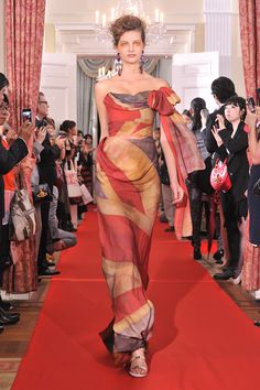2012 Red Carpet Capsule Collection - Vivienne Westwood #Jubilee inspired gowns at the British Embassy in Tokyo