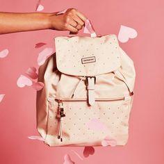 Stai ancora cercando il regalo ideale per San Valentino?   Regalale la nuova borsa della collezione Samsonite fatta con cristalli Swarovski 😍    #samsonite #mysamsonite #myvalentine #sanvalentino #swarovskicrystals #swarovski #love #lovebag #bag #fashionbag #bagshop #baglover #luxurybag #heart #business #businesswoman #outfit #donna #fashion #style #cattaruzzapelletterie #trieste #instalook #instalove #look #pinklover #pink #picoftheday
