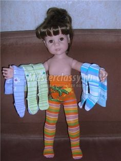 Needful things for our little girls. Master Class: Pantyhose Dolls with their hands Diy Barbie Clothes, Sewing Doll Clothes, Baby Doll Clothes, Crochet Doll Clothes, Sewing Dolls, Doll Clothes Patterns, Doll Patterns, American Girl Wellie Wishers, Activities For Girls
