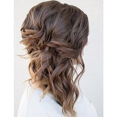 40 Fall Wedding Hair Ideas That Are Positively Swoon-Worthy ❤ liked on Polyvore featuring hair, hair styles, fryzury, hairstyles and wedding