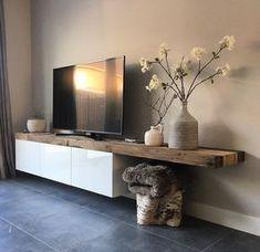 Mueble tv blanco con sobre de madera rústica