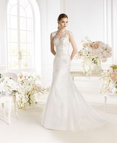 Fem Collection 2014 PALAEM van Avenue Diagonal by Pronovias. Wedding Dresses 2014, Stunning Wedding Dresses, Wedding Dress Shopping, Bridal Dresses, Wedding Gowns, Girls Dresses, Flower Girl Dresses, Bridesmaid Dresses, Diagonal