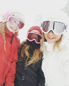 Daughter time at mt baker today! So proud of these #snowbunnies definitely my little minis! #proudmom#snowboarding#daughters