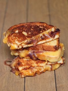 Sweet and Spicy Caramelized Onion Grilled Cheese