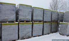 Чебоксарский Стройкомбинат предоставляет бесплатную услугу ответственного хранения керамзитобетонных блоков на складе. Подробнее по ссылке: http://skb21.ru/news/otvetstvennoe-khranenie-2016/
