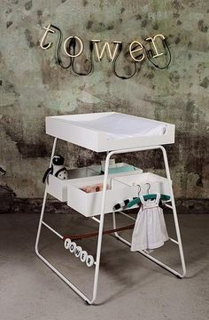 changingTOWER changing table in sleek, functional design from BudtzBendix. 3500kr.