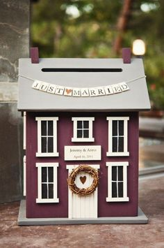 Wedding Gifts Diy Wedding card house box - There are a lot of fun ways to gather up all of your congratulatory greeting cards. From baskets to bins, you can use this as just another fun way to Wedding Post Box, Money Box Wedding, Wedding Gift Boxes, Wedding Blog, Wedding Cards, Wedding Gifts, Wedding Day, Wedding Rustic, Trendy Wedding