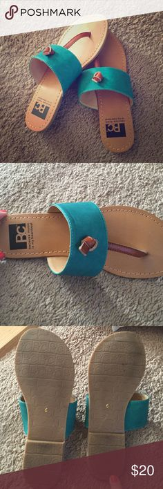 Turquoise flip flops Francesca's sandals, perfect condition! Worn once. Turquoise and brown leather Francesca's Collections Shoes Sandals