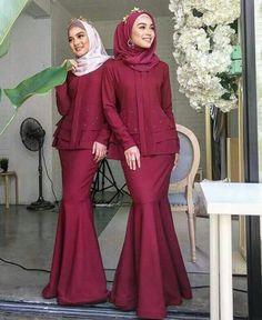 Ideas Style Hijab Casual Untuk Orang Gemuk For 2019 Kebaya Muslim, Kebaya Modern Hijab, Kebaya Hijab, Kebaya Dress, Dress Pesta, Muslim Dress, Batik Fashion, Abaya Fashion, Muslim Fashion