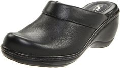 $87.99-$115.00 Softwalk Women's Murietta Clog,Black,6.0 M - S6015-001-Black-6M Color: Black, Size: 6, Width: M (Medium) Available in Multiple Colors! / Specialty Sizes Available!  Murietta by SoftWalk This darling padded clog is a simple way to get your day going. Careful design allows you to glide your foot in effortlessly where it is surrounded by a padded instep collar. The Murietta promises pr ...