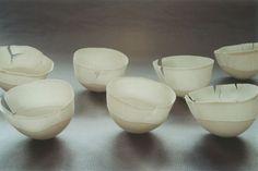 Porcelaine, infiniment délicate  par Sylvie Godel, artiste à Lausanne