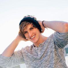 That smile!! Logan Paul.