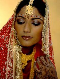 All about Rocco's make up: La sposa indiana: make up, usi & costumi