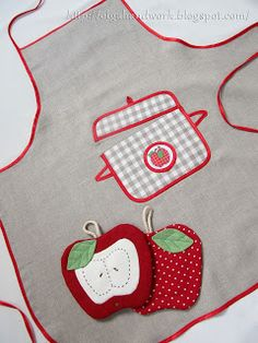 """Яблочный эль: """"Яблочный компот"""" Retro Apron, Aprons Vintage, Hand Embroidery Stitches, Embroidery Applique, Cute Crafts, Yarn Crafts, Patchwork Baby, Sewing Aprons, Fabric Pictures"""