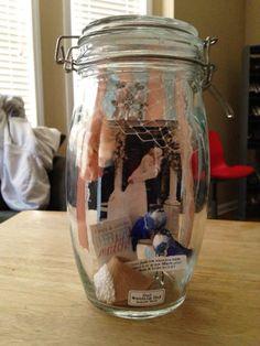 I'll make a menory jar of my wedding, something like this.