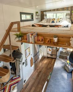 70 Clever Tiny House Interior Design Ideas - Home design ideas Tiny House Living, Tiny House With Loft, Tiny House Kitchens, Living Room, Tiny House Bedroom, Tiny House Blog, Modern Tiny House, Bedroom Loft, Tiny House On Wheels