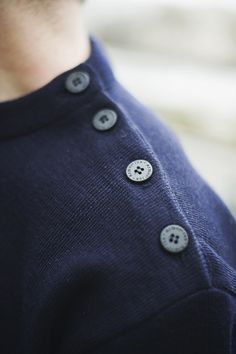 Boutonnière pull Armor Lux #mode #look #marin #pull #armorlux #boutons #boutonniere #fashion #mensfashion #fashionformen #sailor #sweat