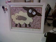 Manualidad día del madre 2012, huella del niño en una obeja, elefante o buho