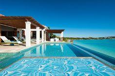 Descubrimiento de la semana 60: Piscina en las Islas Caicos, en el Caribe. #piscina #pool #infinitypool #piscinadesbordante #incrediblepool #poolwithaview #piscinaconvistas
