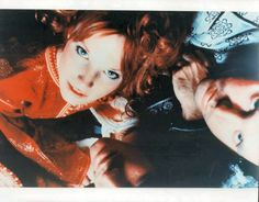 "dentelledeperle: ""Jim Morrison and Pamela Courson by Raeanne Rubenstein, "" Pamela Courson, Jim Pam, The Doors Jim Morrison, The Doors Of Perception, Debbie Gibson, Cinema, Travel Humor, Janis Joplin, Amy Winehouse"