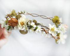 rustic wedding headpiece - SIMPLICITY - white bridal hair wreath, flowers, clover. $105.00, via Etsy.