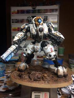 Warhammer 40k Art, Warhammer Models, Warhammer 40k Miniatures, Tau Battlesuit, Tau Army, Miniaturas Warhammer 40k, Tau Empire, Sci Fi Models, Lego Mecha