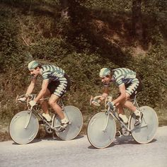 The big powerhouse Urs Freuler and Daniel Gisiger i! by castellicycling Vintage Cycles, Vintage Bikes, Cycling Art, Bike Life, Cool Bikes, Mountain Biking, Racing, Instagram Posts, Emmylou Harris