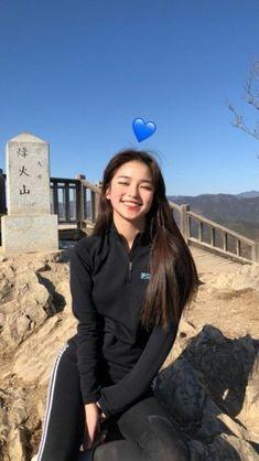 cute girl ulzzang 얼짱 hot fit pretty kawaii adorable beautiful korean japanese asian soft grunge aesthetic 女 女の子 g e o r g i a n a : 人