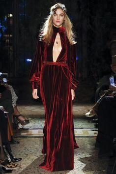 Luisa Beccaria - Fall 2017 Ready-to-Wear