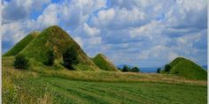 Romania: Mysterious Cave Churches , And Pyramids Raised By Giants