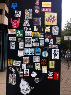 Sticker street art @ Zeehelden