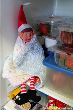 Super easy elf on the shelf ideas that the kids will be guaranteed to love. Includes a free printable arrival and goodbye letter for added excitement. These awesome ideas won't take up much time and w Christmas Elf, Simple Christmas, Christmas Foods, Xmas, Elf Goodbye Letter, North Pole Sign, Elf Letters, Bad Elf, Elf Auf Dem Regal