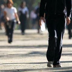 Um ano de caminhadas regulares faz seu cérebro ficar dois anos mais jovem