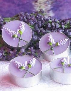 Ideen für Hausdekoration mit  Lavendel - kleine Kerze in Lavendelstil