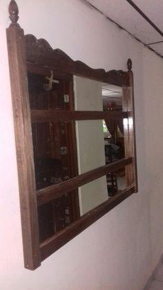 Espejo triple con respaldar viejo de cama
