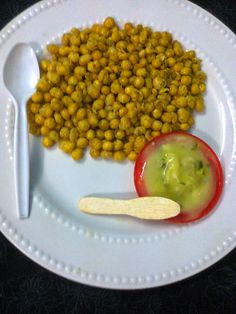 Easy To Make Snacks – Roasted Peas With Chutney - CookingEnuff