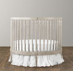 gorgeous round crib - in mine AND baby's dreams :)