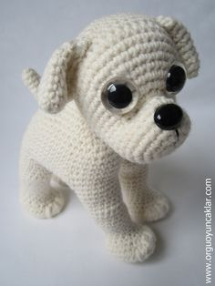 Cachorrito blanco. Amigurimi.