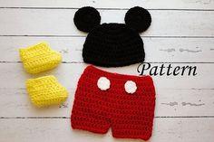 Mickey Mouse Crochet Pattern | Knitting Bordado Mickey Mouse Kostüm, Crochet Mickey Mouse, Mickey Mouse Shorts, Crochet Disney, Newborn Crochet Patterns, Baby Patterns, Knitting Patterns, Crochet For Boys, Free Crochet