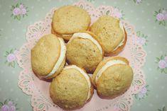 salted caramel kisses - delicious little bites of joy! #recipe #saltedcaramel