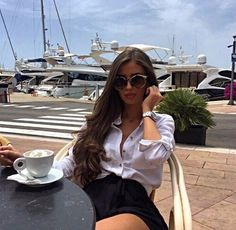 Best Ways To Style Your Outfits - Fashion Trends Mode Outfits, Fashion Outfits, Womens Fashion, Mode Geek, Mode Glamour, Luxury Lifestyle Fashion, Boujee Lifestyle, Elegantes Outfit, Classy Outfits